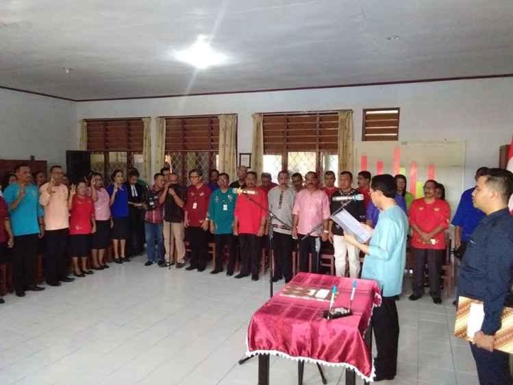 Wawali Lantik 29 Kepala Sekolah
