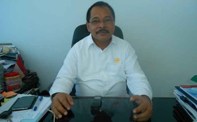 Kepala Badan Kepegawaian Daerah (BKD) Provinsi Maluku, Drs. Femmy Sahetapy, M.Si