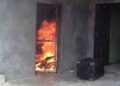 rumah-warga-dusun-lupus-dibakar-massa