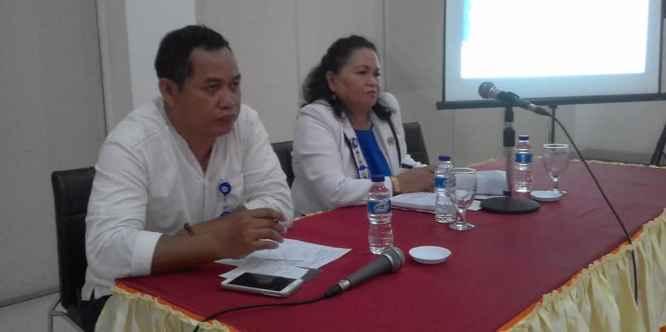 Marthin Manuputty, S.Sos (Moderator), Mendampingi Plt. Kepala BKKBN Maluku.