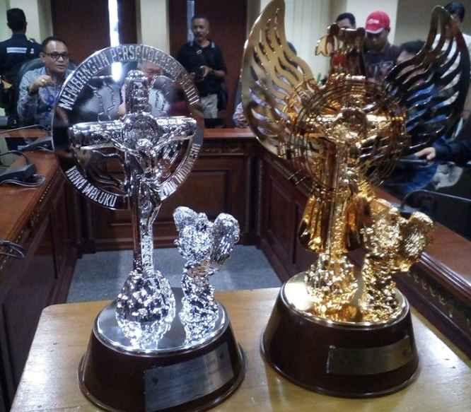 Piala Tetap dan Piala Bergilir Pesparani Nasional I.