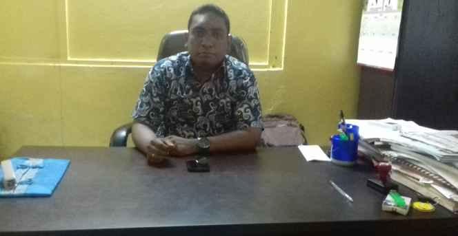 R.W. Maitimu, SSTP, Lurah Benteng.