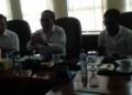 Drs. Halim Daties (tengah), Staf Ahli Gubernur Maluku Bidang Kemasyarakatan dan SDM .