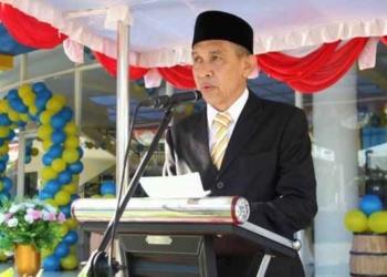Gubernur Maluku, Ir. Said Assagaff Membacakan Sambutan Tertulis Menteri PUPR,pada Perayaan Hari Bhakti PUPR Ke-73 di Ambon.