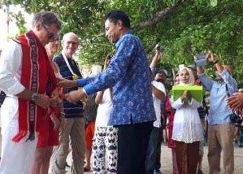 Usman-Tamnge-Mr-Jastin-dan-Raja-Baldu-Hadat-Bayan-Renuat
