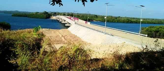 Jembatan Wear Arafura di Kabupaten Maluku Tenggara Barat