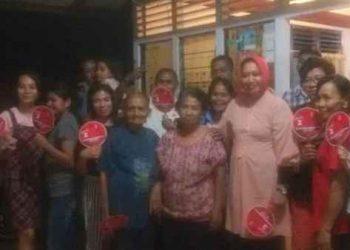 Safitri Malik Bersama Keluarga Besar Anakotta di Halong Baru.