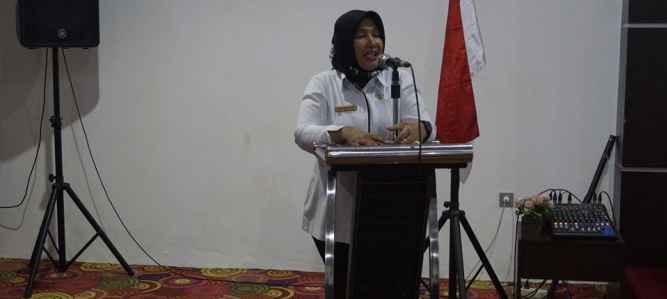 Sekretaris Dinas Dikbud Maluku Dra. Mimi Hudjajanti, M.Si.
