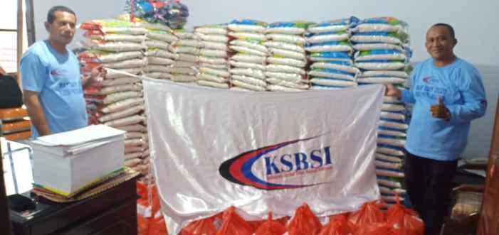Ketua KSBSI Provinsi Maluku, Kelson Haurissa (Kanan).