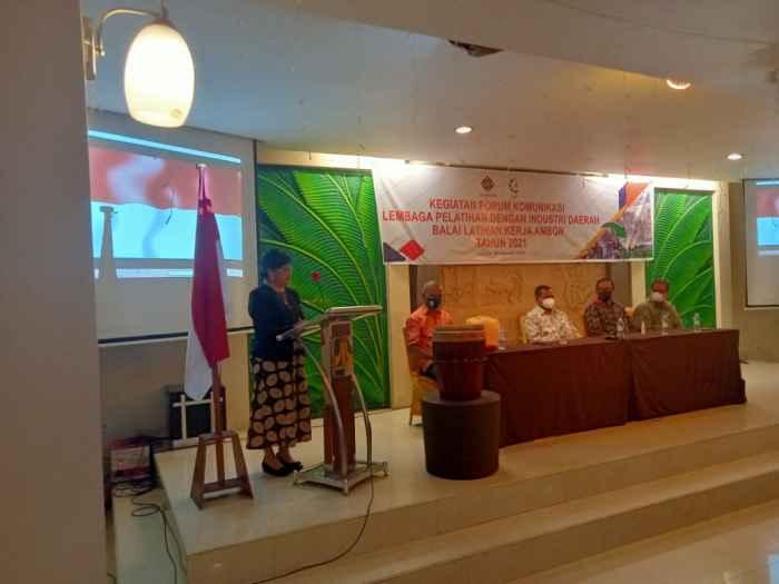 Kepala Balai Latihan Kerja (BLK) Ambon, Yulianti Matandung, S.Sos. MM.