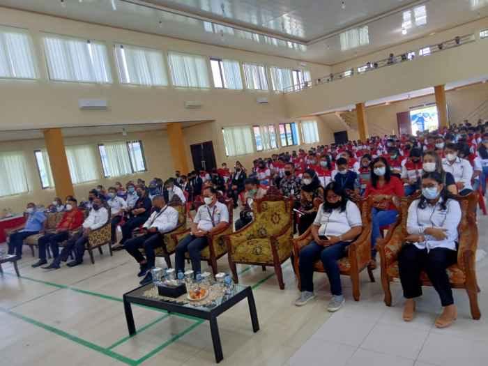 Peserta acara penutupan Pelatihan Berbasis Kompetensi Non Boarding Tahap I di BLK Ambon. ,